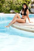 Woman at Hotel Pool — Stock Photo