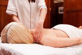 Massaggio termale — Foto Stock