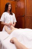 Masaje de pies profesional — Foto de Stock