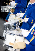 Marciando batteristi — Foto Stock