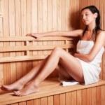 Beautiful young woman relaxing — Stock Photo #5733957