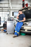 Mechanic Talking on Phone — Stock Photo