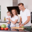Family in Kitchen — Foto Stock