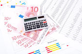 Financial chart, datasheet and calculator. — Stock Photo
