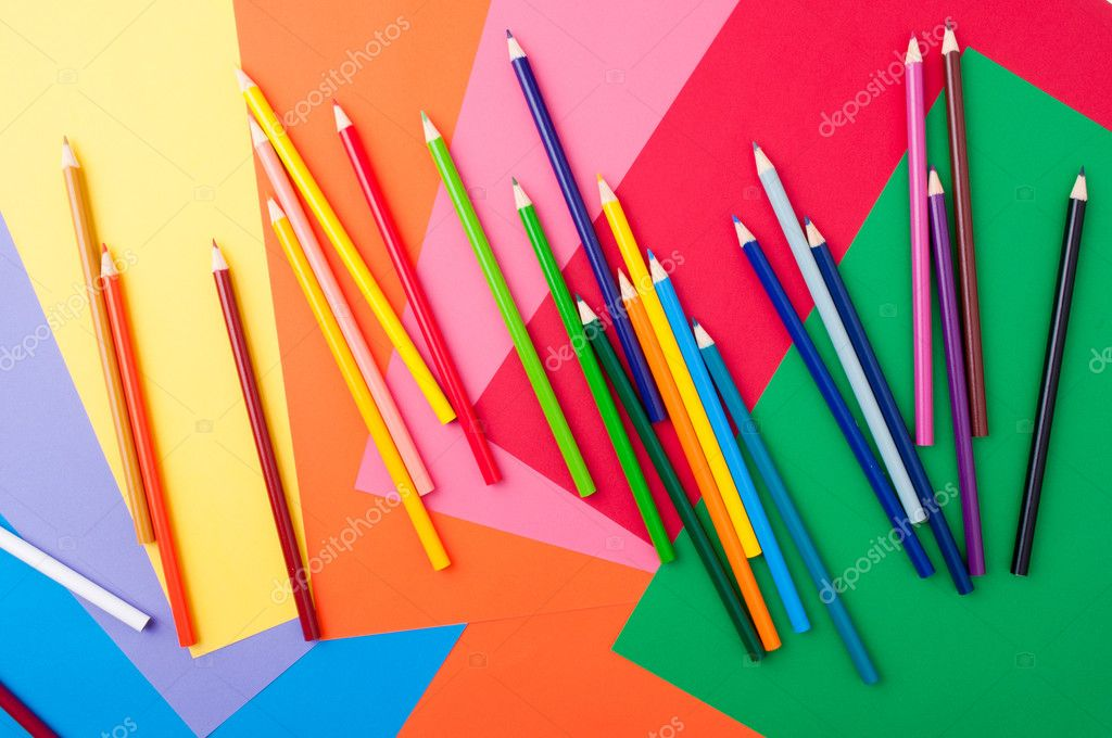 School supplies with leaves and colored pencils — Stock Photo #6404591