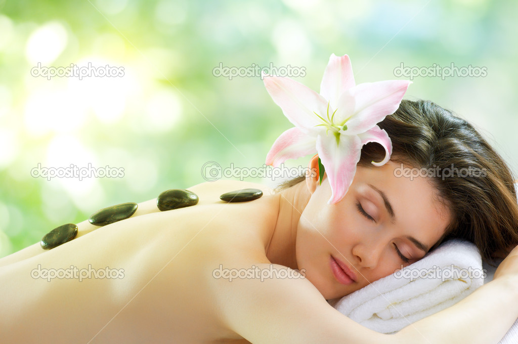 A beauty woman getting spa — Stock Photo #6398852