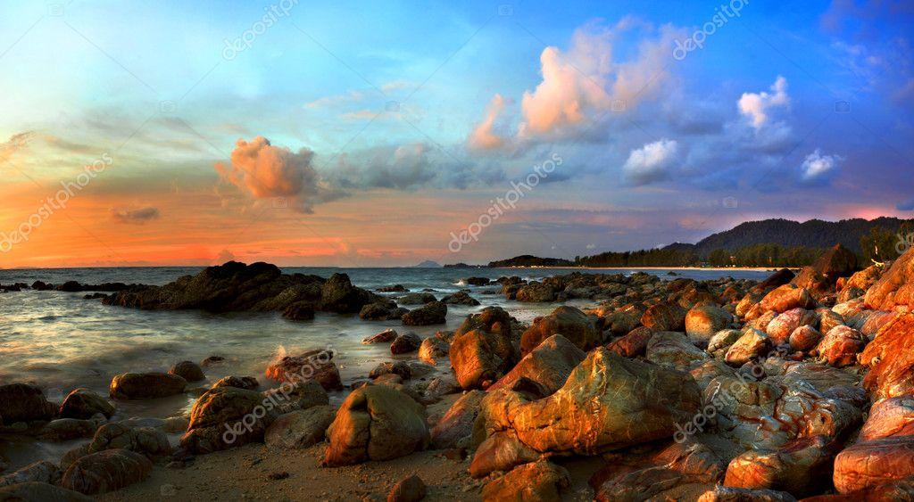 Фотообои Тропический красочный закат.