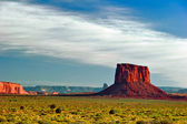 End of sunny day in Monument Valley — Stock Photo