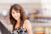 Porträtt av vacker flicka — Stockfoto