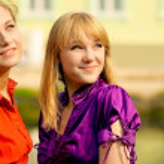 Portrait of two beautiful girls — Stock Photo