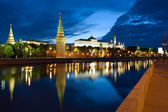 Kremlin and Moscow river — Stock Photo