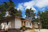 Summer cozy cottage — Stock Photo