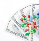 Medicines costs money — Stock Photo
