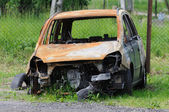 Spálené auto — Stock fotografie