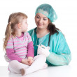 Little girl at doctor — Foto Stock