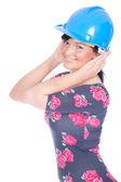 Jonge vrouw in helm — Stockfoto