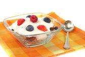 Muesli with yogurt, fresh fruit and nuts — Stock Photo