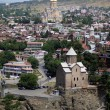 Foto Stock: Churches and domes of Tbilisi, view to historical part of capital of Re