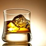 Whisky auf Eis — Stockfoto