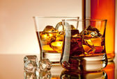 Whiskey on the rocks — Foto Stock