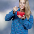 Woman Eating — Stockfoto