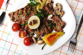 Beautiful served food on plate, meat with natural vegetables ingredients — Stock Photo