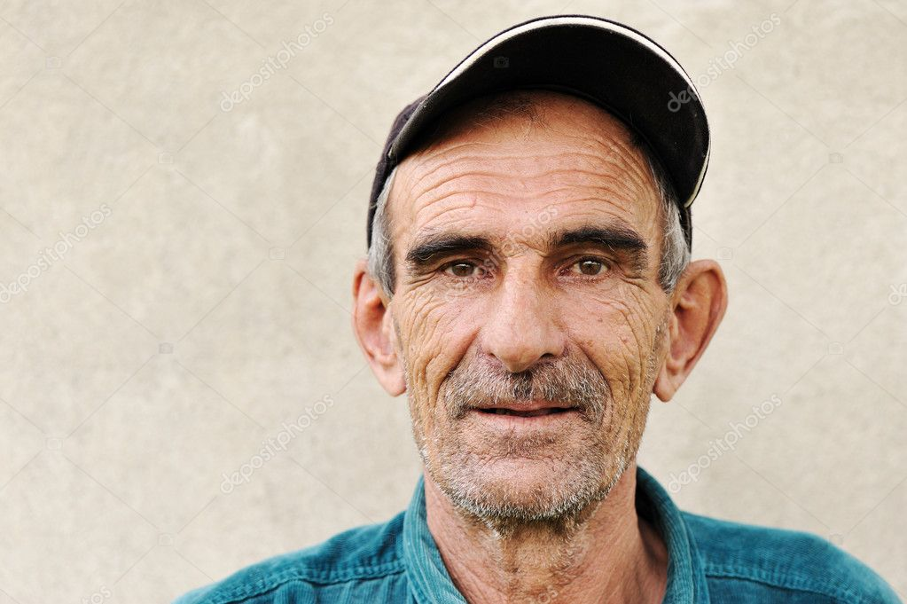 Elderly, old, mature man with hat, portrait  Stock Photo #6150815