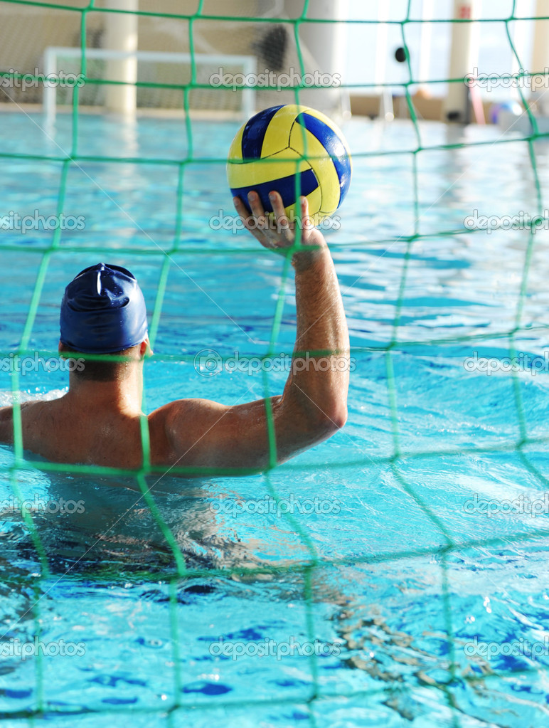 Waterpool goal and player with ball — Stock Photo #6151394