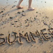 The word summer written in sand — Foto de Stock
