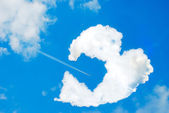 Broken heart shaped cloud — Stock Photo