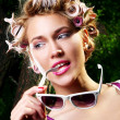 Young beautiful girl with sunglasses — Stockfoto