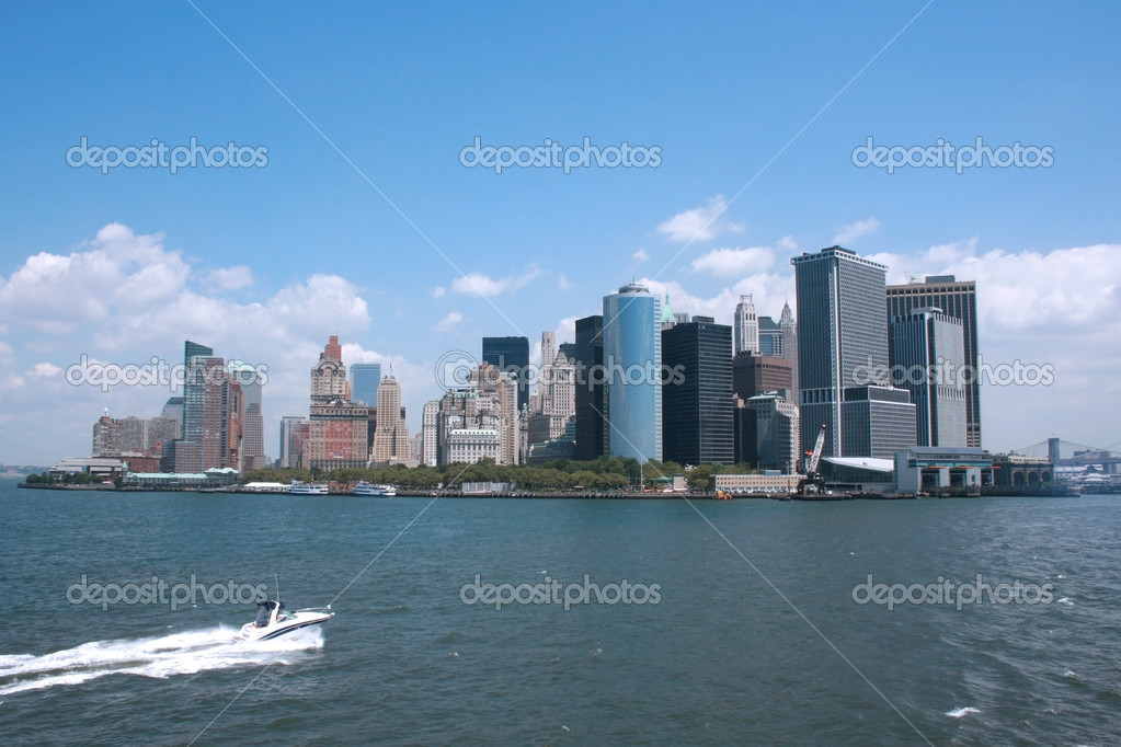 NYC seen from the Staten Island ferry — Stock Photo #5925262