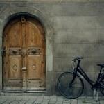 Bike with door — Stock Photo