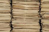 Geri dönüştürülmesi için gazete yığınları — Stok fotoğraf