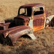 Rusty old pickup truck - Photo