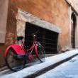 Bicycle along street in Florence, Italy, HDR — Stock Photo