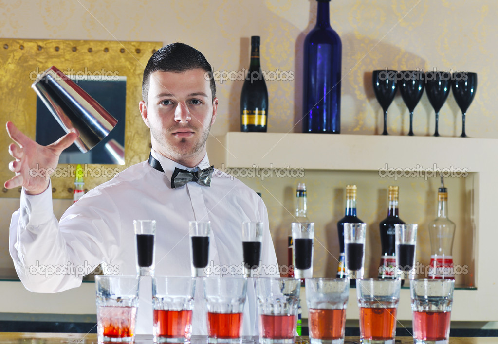 Pro barman prepare coctail drink and representing nightlife and party event  concept — Stock Photo #5602300