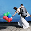 Romantic beach wedding at sunset — Stock Photo #6016277