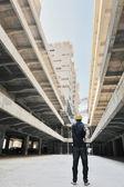 Lavoratore in cantiere edile — Foto Stock