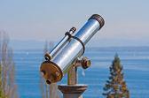 Vintage observation telescope — 图库照片