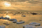 Yellow sea winter sunset — Stock Photo