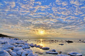Icy sea and sunset — Stock Photo