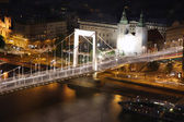 Elizabeth brug, Boedapest, Hongarije vanaf citadel — Stockfoto