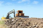 Ağır makine üzerinde yol inşaatı — Stok fotoğraf