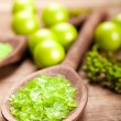Green salt for aromatherapy — Stock Photo