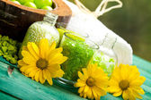 Bath salt and flowers — Stock Photo