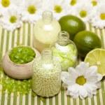 Lime bath salt — Stock Photo