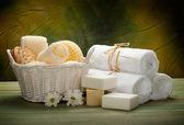 Masaj aletleri, sabun ve havlu — Stok fotoğraf