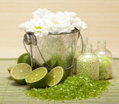 Spa supplies - Lime bath salt — Stock Photo