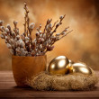 Easter - Golden eggs in the nest — Stockfoto